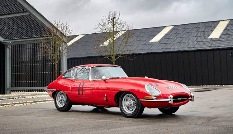 Jaguar E Type Coupe 028.jpg