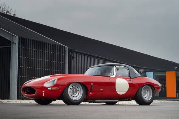 Jaguar E Type 038.jpg