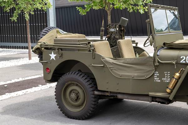 Willys Jeep 022.jpg