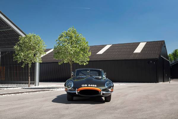 Jaguar E Type 045.jpg